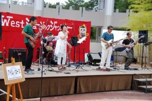 601)アイム・ローズ-しっとりと昭和歌謡を歌い上げました